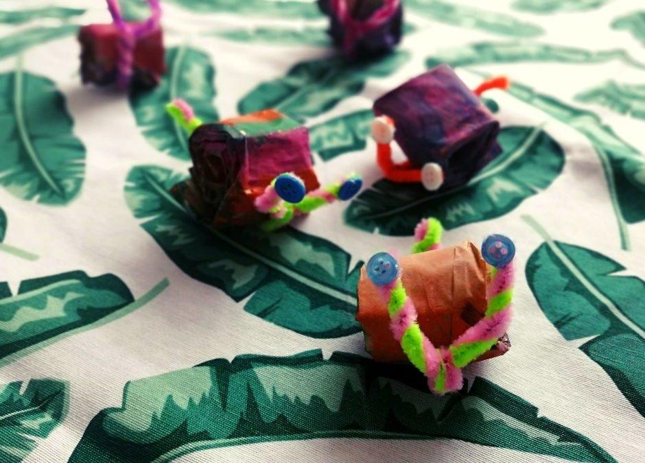 Ślimak zpapieru idrucików kreatywnych