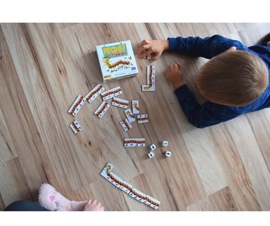 gry dla dzieci nogi stonogi