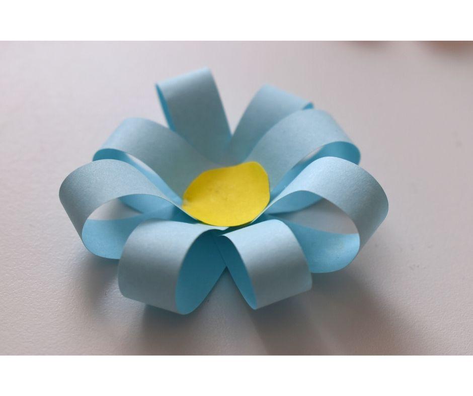 laurka dla mamy kwiaty zpapieru