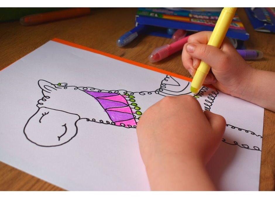 Jak narysować lamę- instrukcja dla dzieci