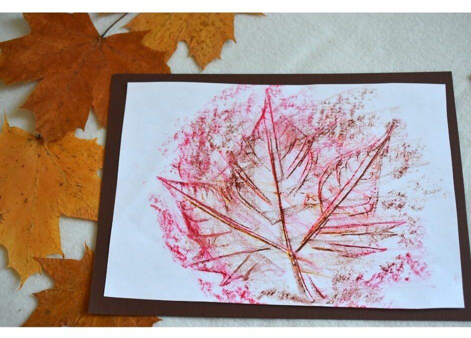 liście praca plastyczna, jesień praca plastyczna, frotaż z liści