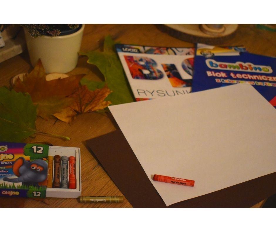 frotaż liści, jesień praca plastyczna, jesienne prace plastyczne